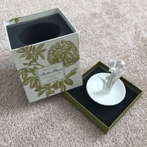 Accessories - Two's Company Porcelain Ring Holder